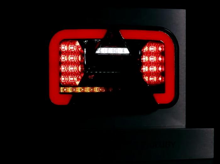 Lampy zespolone LED tylne z dynamicznym kierunkowskazem para 12513